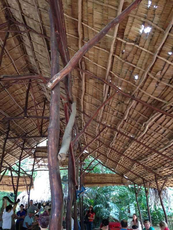 木皮の屋根