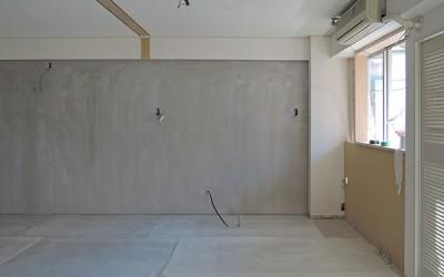 目黒の料理教室(仮称)工事途中経過~フレキシブルボードの床とモルタルの壁