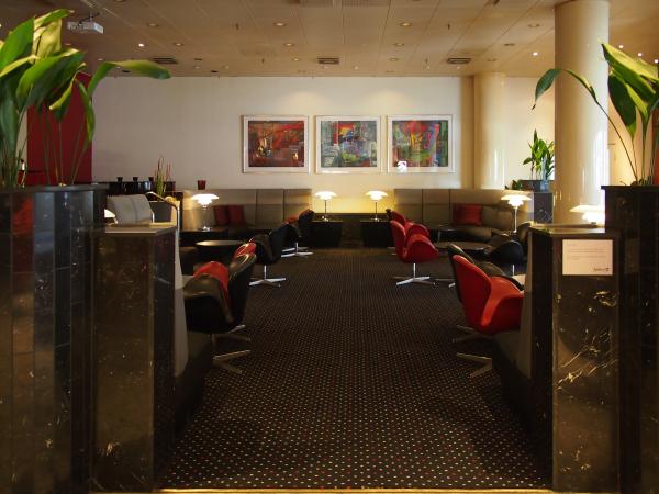 radison blu (ex. SAS) royal hotelMPUS DIGITAL CAMERA