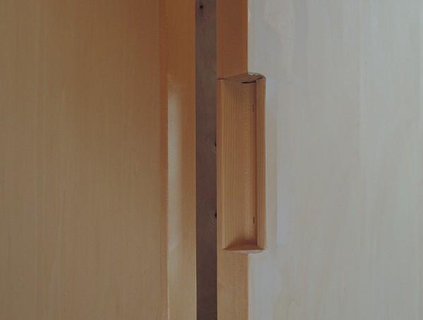 折戸の把手