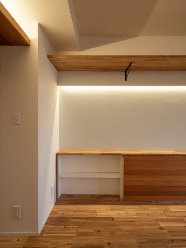 港区のマンションリノベーション 腰壁収納2