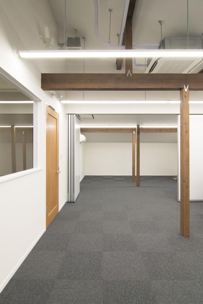 会議室と可動間仕切り