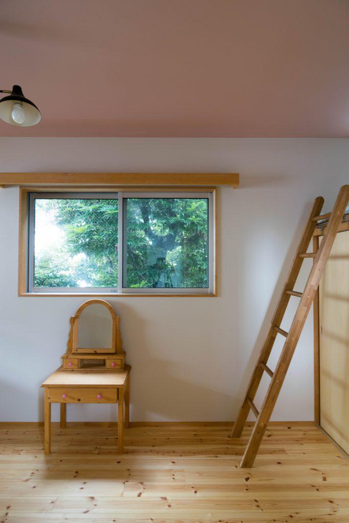子ども室の窓