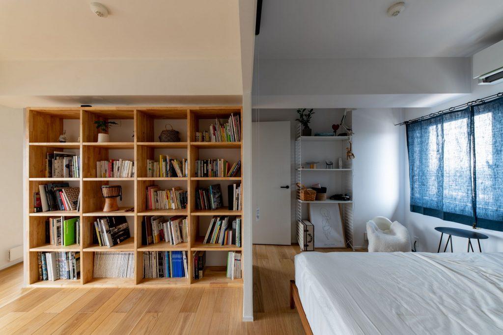 ワークスペースと寝室