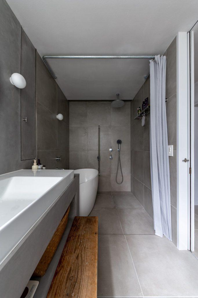 洗面から浴室